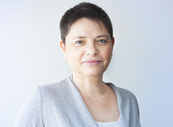 Dafna Karpf Office Manager